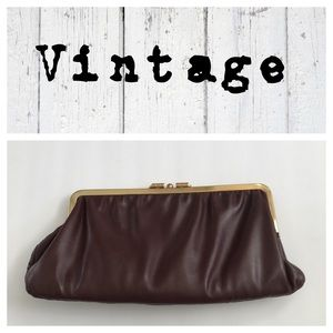 Vintage 1960's reversible leather clutch